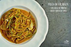 """""""PASTA"""" DE CALABAZA Y SALSA DE PIMIENTO ROJO CON QUESO DE..."""