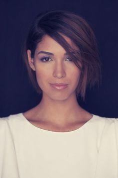 Une coupe de cheveux courte coiffure femme