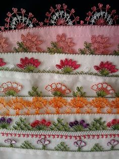 This Pin was discovered by giy Thread Crochet, Crochet Lace, Crochet Stitches, Embroidery Patterns, Crochet Patterns, Crochet Boarders, Lacemaking, Point Lace, Sewing Art