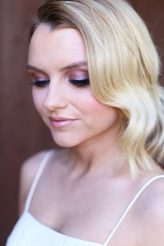 Talk about daring, beautifully bold eyes! These long lashes, married to a soft pink eyelid feels just right for a night out on the Texas town. What makes you feel country glam? | Mary Kay