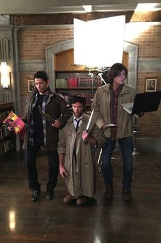 Supernatural actors dressed as each other for Halloween. Ha!