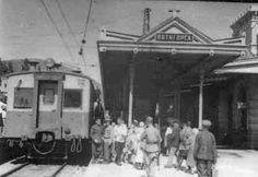 Первая электричка подходит к зданию вокзала в г.Пятигорске по восстановленной железной дороге Минеральные Воды - Кисловодск. 1945