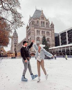 Cute Couples Goals, Couple Goals, Photography Winter, Fotos Goals, Christmas Couple, Christmas Morning, Christmas Christmas, Winter Photos, London Winter