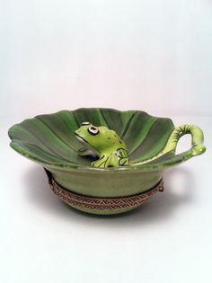 Auth Limoges Box Merry Frog on a Lily pad Peint by ClassyMoeFoe, $149.00