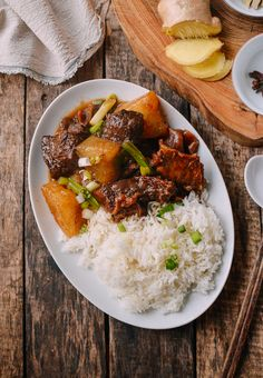 This Instant Pot Braised Beef with Radish is a pressure cooker version of a classic Cantonese Beef Stew with Daikon, done in less than 2 hours. Top Recipes, Asian Recipes, Beef Recipes, Ethnic Recipes, Drink Recipes, Braised Pork Belly, Braised Beef, Asian Cooking, Cooker Recipes