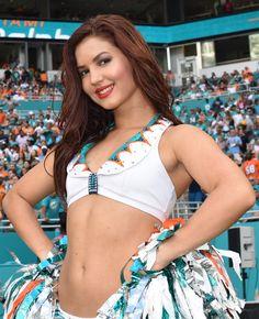 https://flic.kr/p/McZZjc | Miami Dolphins Cheerleaders | Titans v Dolphins 100916
