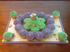Tinker Bell Cupcakes 1st Birthday Parties, 4th Birthday, Birthday Ideas, Russian Cake Decorating Tips, Russian Cakes, Cupcake Cakes, Cupcakes, Tinker Bell, Cake Designs