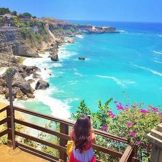 Beautiful Bali! What kind of place you want to visit in Bali? Just name it  ============================== Photo by @tiniihitakara Thanks for sharing.  NOTE : KEEP BALI CLEAN IF WANT TO REGRAM FROM THIS PAGE PLEASE MENTION @fascinatingbali & PHOTO'S OWNER. THANKS  ============================== Follow @ for other great travel photos. Visit our Site (link on Bio) ============================== #fascinatingbali #beautiful #bali #ayana#privatebeach #beach