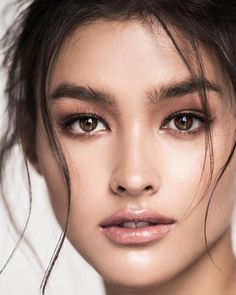 Liza Soberano, Spielerin / Model, Philippinen / USA - Make up Most Beautiful Faces, Beautiful Eyes, Portrait Photos, Beauty Tips For Girls, Beauty Makeup, Hair Beauty, Eye Makeup, Filipina Beauty, Looks Style