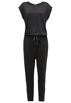 Lass dir diesen lässigen Jumpsuit nicht entgehen. ICHI LAMUNA - Jumpsuit - black für € 49,95 (03.06.16) versandkostenfrei bei Zalando.at bestellen.