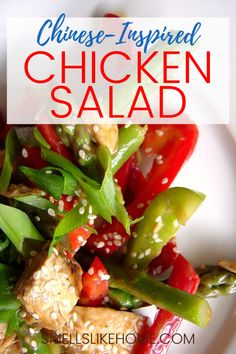 This chicken salad is packed with yummy chicken, crisp asparagus and crispy redpeppers. It gets some Chinese flair from a sweet and savory honey, soy sauce and peanut butter dressing. It's easier to make than you might think and gets rave reviews. Fancy Salads, Dinner Salads, Pork Recipes For Dinner, Lunch Recipes, Chicken Pasta Recipes, Chicken Salad, Slimming World Chicken Dishes, Greek Quinoa Salad, Easy Homemade Recipes
