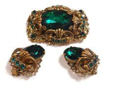 Green art glass brooch and earrings 1950's by maggiescornerstore