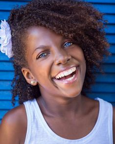 Skin is in ladies. Healthy, beautiful and glowing skin starts from the inside out. If your goal is to get gorgeous glowing skin this season and every season then be. Flat Twist Out, Twist Outs, Natural Curls, Natural Hair Styles, Natural Kids, Hair Milk, Eczema Remedies, Wash N Go, Honey Hair