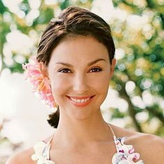 A Look Back at Ashley Judd's Radiant Complexion