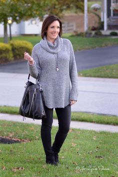 I love how this sweater is oversized but not voluminous, and the turtleneck isn't super tight. It's almost a cowl neck, which is my favorite winter style. The sleeves are super long, which is nice and cozy, and it pairs beautifully with skinny jeans or leggings.
