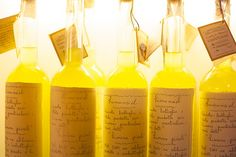 i like these handwritten style labels=looks less commercial than other limoncello's