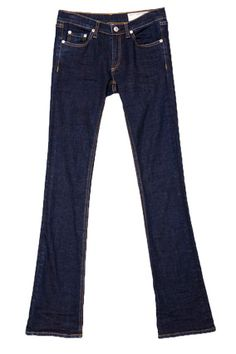Recommended by Oprah Mag: These slim-cut jeans look great on everyone. Their boot cut is universally flattering, and they sit high on the hips for full tummy and back coverage, so they're muffin top proof.    Rag & Bone, $180; Rag-Bone.com      Read more: http://www.oprah.com/style/Best-Jeans-for-Body-Type-Most-Flattering-Jeans_1/8#ixzz25ciX83WE