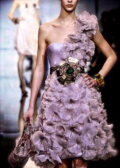 Sofiaz Choice via chiffonandribbons:  Armani Privé Couture F/W 2011
