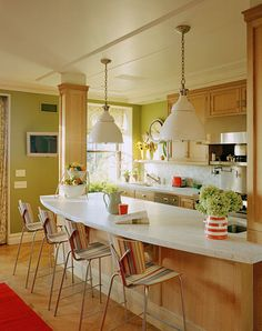 Kitchen Remodel Ideas I Like The Columns Home Garden Design And Bright Kitchens