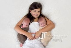 Twin boys with older sister #jenniferteskerphotography