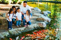 15 Unique Family Photo Ideas