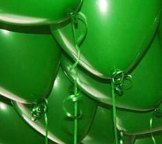 green baloons