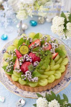Strawberry & Grape Cheese Custard Cream Tart 苺と葡萄のチーズカスタードクリームタルト