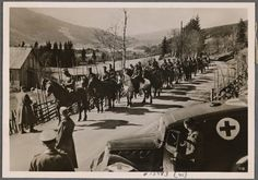 In these days Norwegian troop detachments everywhere put down their arms and were taken away as prisoners. They realized that the struggle had become pointless. 1940.