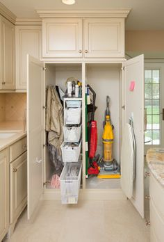 Kitchen - traditional - closet - columbus - Nicholson Builders- Extra space in the garage..