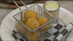 Learn how to make a reuben fritter appetizer with Chef Tony Bomba from Foster's Boiler Room at The Common Man Inn & Spa in Plymouth.
