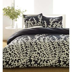 City Scene xrt1004Branches Black Bed in a Bag $95 includes sheet set, comforter and two shams