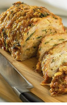 Low FODMAP and Gluten Free Recipes - Turkey and Quinoa Meatloaf - http://www.ibs-health.com/low_fodmap_baked_turkey_quinoa_meatloaf.html