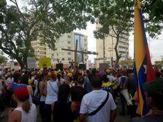 Las mujeres y la familia marcharon hoy en MARACAIBO. Sigamos la lucha por un cambio en Venezuela! pic.twitter.com/9jo6MhDXxd