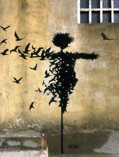 Los espantapájaros, asustaban a los pájaros, como los políticos a las personas, al final nadie se asusta y todos luchan por algo mejor