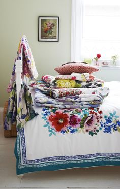Colourful vintage throws in the bedroom
