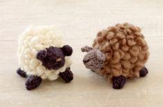Free Knitting Pattern: Fluffy Little Sheep