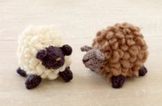 Knit these precious Fluffy Little Sheep with Roving Wool and you'll have lifelike miniature wooly friends!