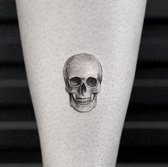 50 Small Skull Tattoos For Men - Mortality Design Ideas Tattoos Sch . - 50 Small Skull Tattoos For Men – Mortality Design Ideas Tattoos Skull Mortality Wise Small Ideas - Tiny Skull Tattoos, Small Skull Tattoo, Skull Hand Tattoo, Sugar Skull Tattoos, Skull Tattoo Design, Mini Tattoos, Body Art Tattoos, Small Tattoos, Tattoo Designs