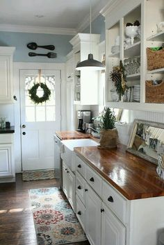 7 Proud Clever Tips: Oak Kitchen Remodel Tutorials kitchen remodel industrial woods.Kitchen Remodel Traditional Stove country kitchen remodel on a budget.Kitchen Remodel Must Haves Butcher Blocks. Farmhouse Kitchen Cabinets, Kitchen Redo, New Kitchen, Kitchen Dining, Kitchen White, Kitchen Rustic, Farmhouse Kitchens, Rustic Cabinets, Kitchen Shelves