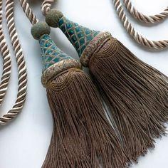Desdemona Tie Back in Como Silk Velvet - Teal Drapery Rods, Curtain Tie Backs, Teal Curtains, Velvet Curtains, Classic Curtains, Elegant Curtains, Flower Room Decor, Curtain Accessories, Oriental Fashion