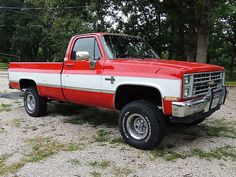 1985 Chevrolet Silverado K10 4X4 Pickup Truck, Red & White, VERY CLEAN, US $13,000.00, image 1