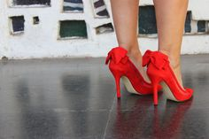 Red shoes by Menbur