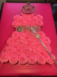 Pull Apart Princess Cake