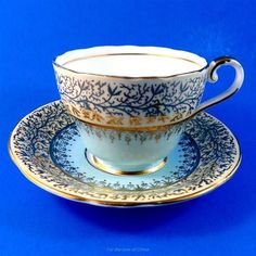 Cup And Saucer Set, Tea Cup Saucer, Tea Cups, Bone China Dinner Set, Teapots And Cups, Tea Art, My Cup Of Tea, China Dinnerware, Vintage Tea