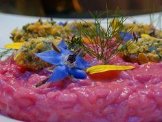Fabulous creation of our Chef Fabio Castiglioni: risotto with beetroot emulsion and crunchy at the zola!  La favolosa creazione del nostro Chef Fabio Castiglioni: risotto con emulsione di barbabietola e croccantini allo zola!  #milanoscala #colourfood #veg #food