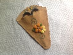This tufted moose hair embroidery consists of a rectangle of tanned leather with. This tufted moos Native American Animals, Birch Bark, Quilling, Moose, Artisan, Embroidery, Beads, Leather, Hair