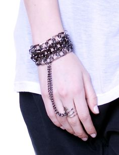 Chain cuff with ring