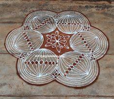 Rangoli Designs Images, Beautiful Rangoli Designs, Padi Kolam, Flower Rangoli, Mehndi Designs For Hands, Folk, Exercise, Ejercicio, Popular
