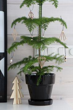 christmas ornaments diamond plywood