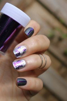 Another beautiful nail foil design.